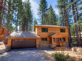 Cute Lake Tahoe Home One Mile from Heavenly and Casinos