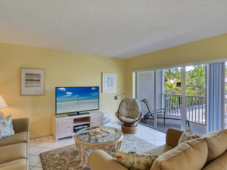Sanibel Siesta on the Beach Unit 106