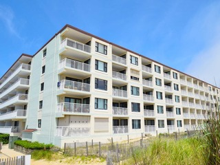 Diamond Beach 403
