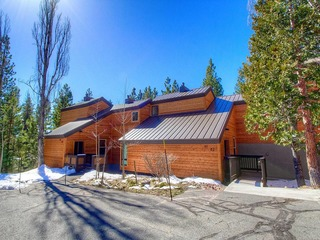Tahoe City Condo in The Villas