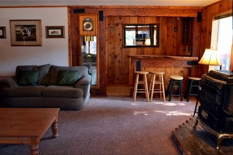 Paradise Lodge Vacation Rental in City of South Lake Tahoe - RedAwning