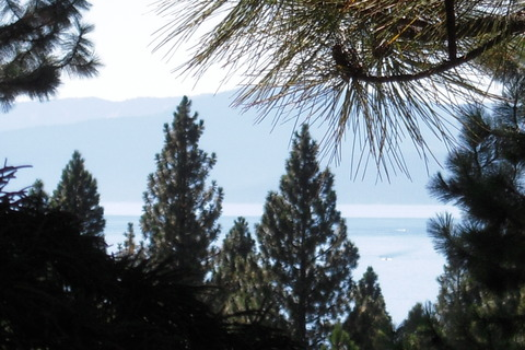 Tahoe Diamond Vacation Rental in Incline Village - RedAwning