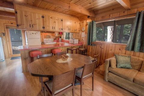 Affordable Cute Cabin Pet Friendly Vacation Rental in City of South Lake Tahoe - RedAwning