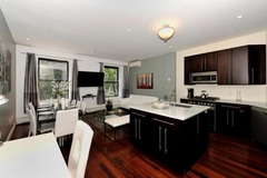 Stylish and Spacious 3 Bedroom Apartment 3