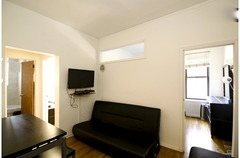 Charming 2 Bedroom Apartment 4C